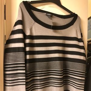 Grey and Black Lane Bryant Sweater- NWT 22/24 3X
